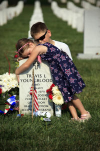 20160508 Memorial-Day-two-children